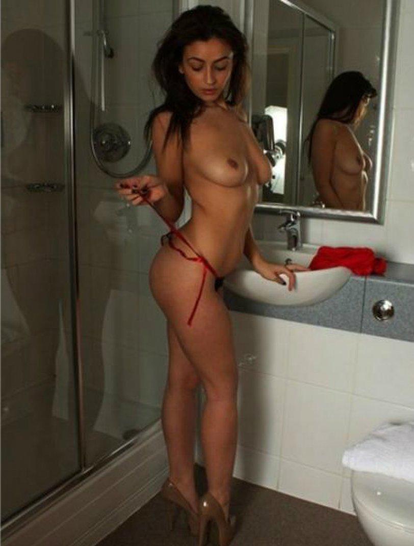 Проститутки большие попы на одежде